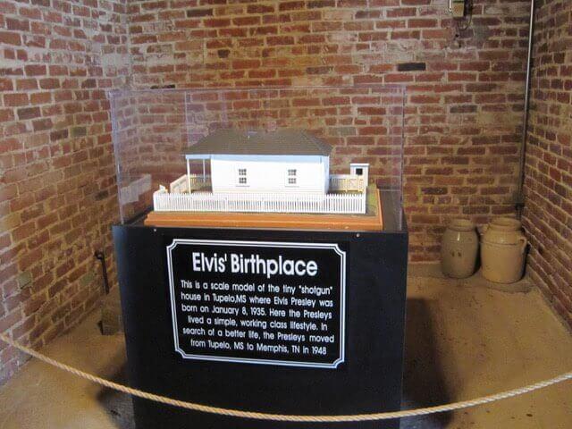 Elvis house model